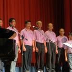 芙中(雪隆)校友会合唱团呈现节目